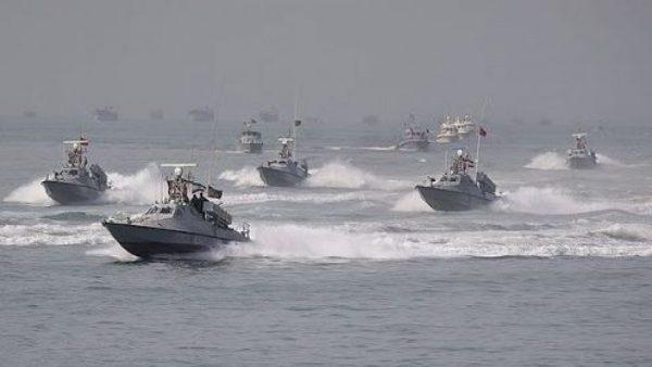 اخطار به قایق های تندروی سپاه